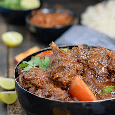 Gosht Aloo Bukhara / Mutton in a Plum Gravy