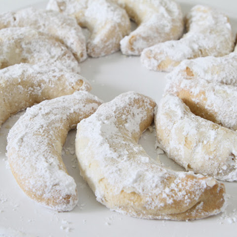 Patricia's Viennese Crescents