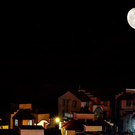 Urban life and moonlight by Murali Murliz - Buildings & Architecture Homes ( Urban, City, Lifestyle )