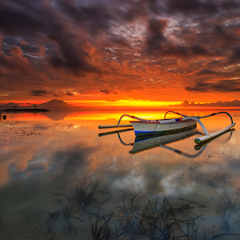 Morning on Fire by Gede Suyoga - Landscapes Sunsets & Sunrises ( sky, nature, sunrise, landscape, boat )