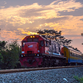 Kereta Senja by Abdul Rahman - Transportation Trains