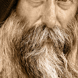 eyes of the wise by David Ubach - People Portraits of Men ( male, beard, man, portrait, hat, eyes,  )