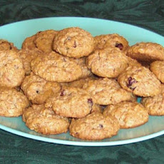 Reduced-Fat Cranberry Oatmeal Cookies