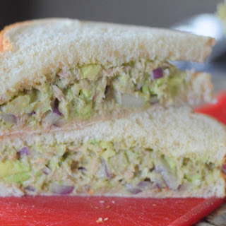 Avocado Tuna Sandwich