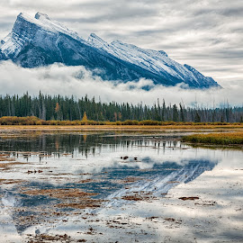 Majestic by CK Lam - Landscapes Mountains & Hills ( reflection, alberta, canada, rocky mountains, the rockies, lake, banff, north america, canadian rockies, banff national park, mount rundle, cloudy, vermilion lakes )