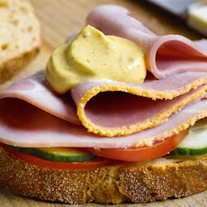 Ham sandwich with a pinch of Mustard
