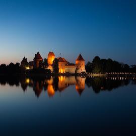 Evening near castle by Paulius Jankevičius - Buildings & Architecture Public & Historical ( lights, reflection, trakai, night, lake, castle, lithuania, bridge, evening )
