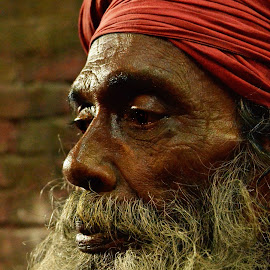 Experiencing the life by Arnab Bhattacharyya - People Portraits of Men