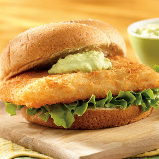 Fish Sandwich with Creamy Avocado Sauce