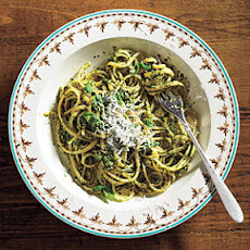 Linguine with Spinach-Herb Pesto
