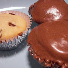 Peanut Butter Cupcakes With Chocolate Chips