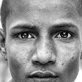 Unsaid pain of brick worker by Arun Arun - People Portraits of Men ( blackandwhite, chicsnap photography, power, portraits, street photography, eyes )