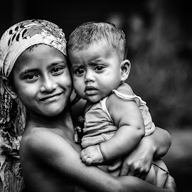 Between Us  by Salmi Kabir - Babies & Children Child Portraits ( love, sister, bangladesh, black and white, beautiful, brother, beauty, potraits,  )