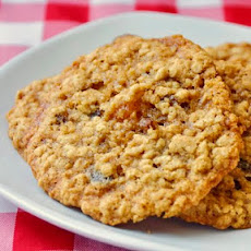 Apricot Raisin Five Spice Oatmeal Cookies