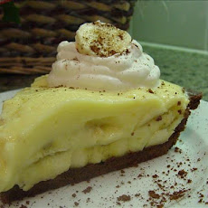 Old-Fashioned Banana Cream Pie With Chocolate Pastry