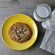 Double Oatmeal Raisin Cookies
