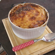 Baked Macaroni and Cheese With Cauliflower and Ham