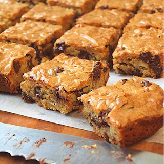 Chocolate Chip Pecan Blondies