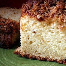 Quick Pecan Sour Cream Coffee Cake