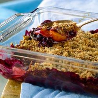 All-Bran Blueberry Peach Crumble