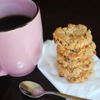 Toffee Cashew Cookie