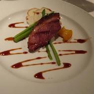 TOROS鮮切牛排美食餐廳