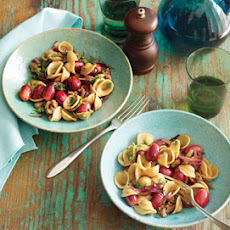 Pasta with Sausage and Red Grapes