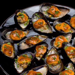 Broiled Mussels with Sweet Paprika Aioli