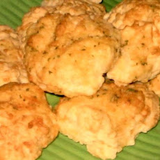 Red Lobster Original Cheddar Bay Biscuits