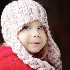 Staying warm by Lucia STA - Babies & Children Child Portraits