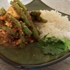 Green Beans & Tofu With Crunchy Thai Peanut Sauce