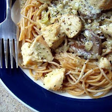 Creamy Pesto Chicken and Linguine