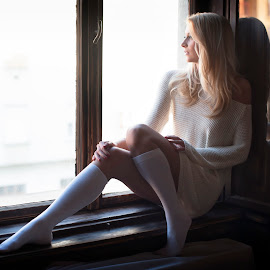 Ilona by Roland Földvári - People Portraits of Women ( model, fashion, blonde, windows, women )