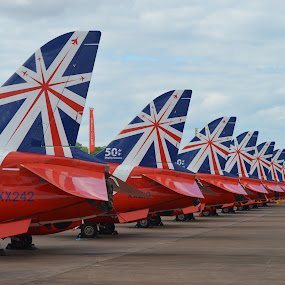 Reds on parade by James Booth - Transportation Airplanes (  )