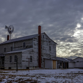 Gloomy House by Aaron Grape-nuts - Buildings & Architecture Homes ( amish, cloudy, house, windmill, country )