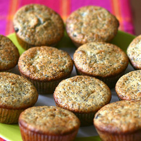 Miranda Kerr's Apple and Banana Gluten-Free Oat Muffins