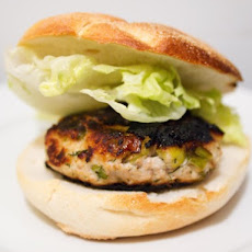 Turkey-Ricotta Burgers With Leeks and Dill