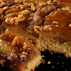 Spiced Caramel Apple Upside-Down Cake