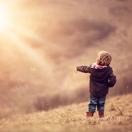 Throwing Grass by Claire Conybeare - Chinchilla Photography - Babies & Children Toddlers