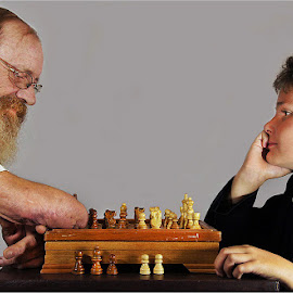 disabled playing chess by Leon Pelser - People Portraits of Men ( iso 800, daylight wb, tripod, 1/60, f 7.1,  )