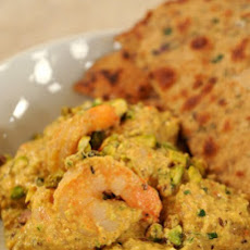 Red Pepper and Pistachio Curried Shrimp