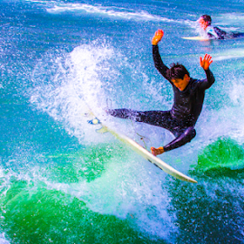 sufren in ocean beach   by Roman Gomez - Sports & Fitness Surfing ( roman-photography )
