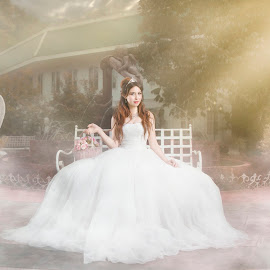 Dreamy Wedding by Chao Pavit - Wedding Bride ( love, fantasy, wedding photography, wedding, smile, flowers, bride, light )