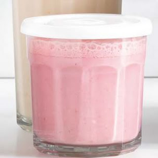Banana-Strawberry-Almond Smoothie
