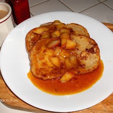 Pan Toast with Spicy Orange Apples