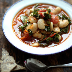 Garlicky White Bean & Kale Stew