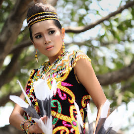 Dayak Dance in modification by Bambang Leksmono - People Musicians & Entertainers