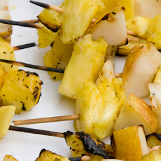 Grilled Pineapple With Toffee-rum Sauce