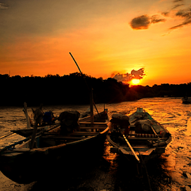 Sunset  by Sam Hidayat - Instagram & Mobile Android