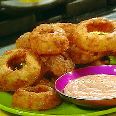 Thick Cut O Rings and Spicy Dipping Sauce